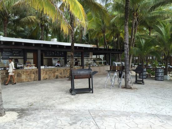Sensimar Resort Riviera Maya: One of the outdoor restaurants