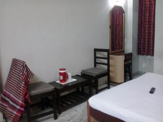 bathroom picture of hotel vinayak inn banquets siliguri rh tripadvisor com au
