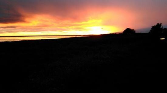 Powfoot, UK: Stunning sunset from our van