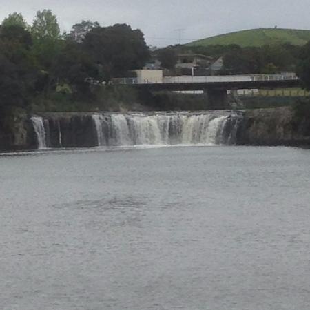Haruru Falls Resort: Haruru Falls