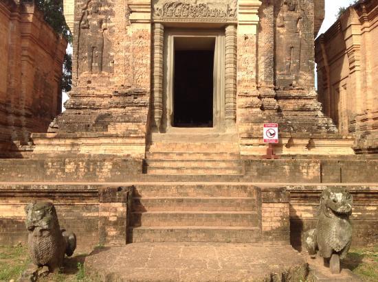 Phon Hong, Laos: Cultura vera