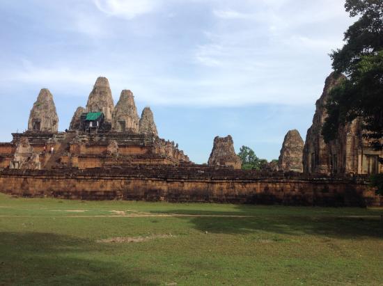 Phon Hong, Laos: Cultura