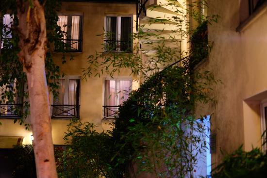 เลอ ปาทิโอ้ แซงต์ อองตวน โอแตล: 中庭からの眺め