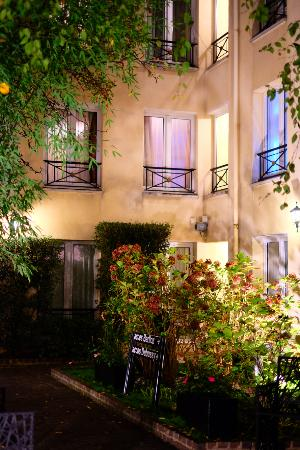 เลอ ปาทิโอ้ แซงต์ อองตวน โอแตล: 中庭の風景