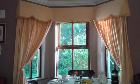 Glin, Irlanda: Detalle de la ventana del salón dónde desayunamos