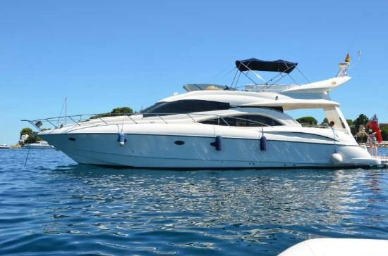 Beaulieu-sur-Mer, Γαλλία: Sunseeker Manhattan 56 Flybridge