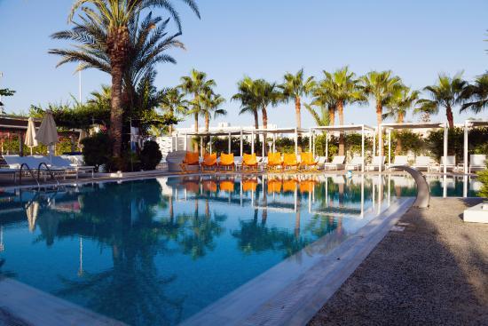 1e6f4a17c4a бассейн - Picture of Margadina Lounge Hotel