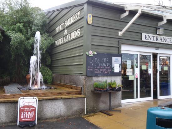 Teviot Smokery Restaurant: Main entrance