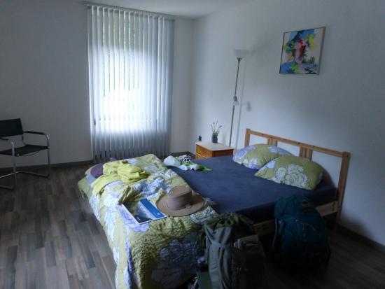 Trient, Szwajcaria: Sparse room