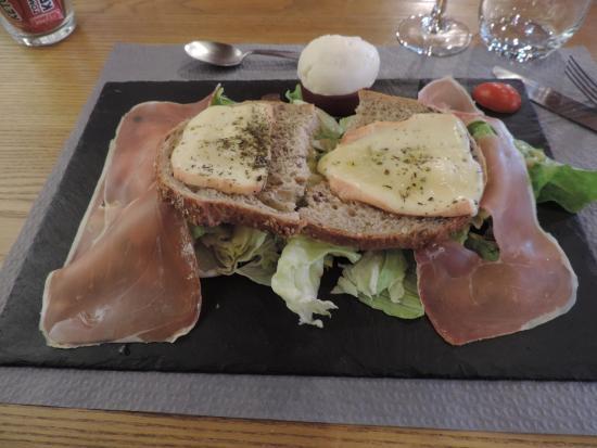 Estaminet le Saint Eloi: salade st Eloi