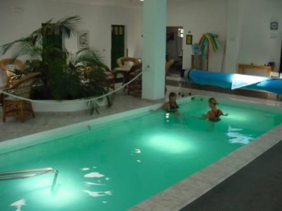 Casas Heddy: fysioterapi i varmt basseng