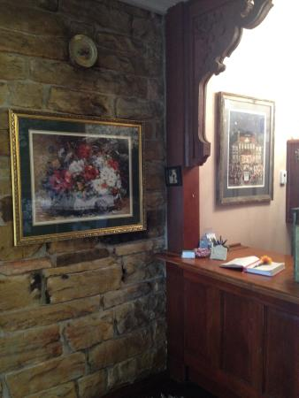The Inn at Mountain View: Front desk