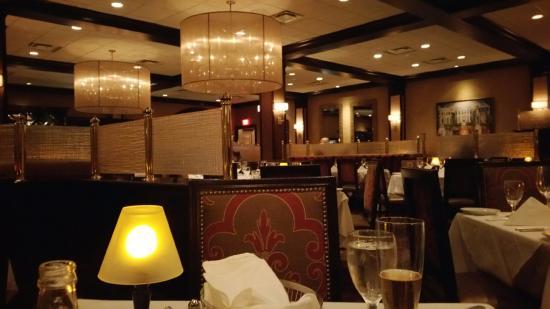 Ruth's Chris Steak House: Interior