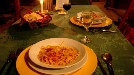 La Princesa de la isla: Cena: Entrada de Spaghetti