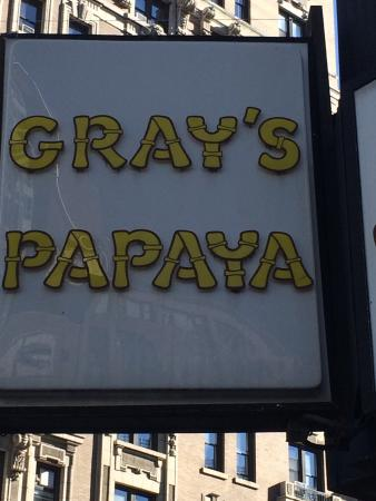 Gray's Papaya: photo0.jpg