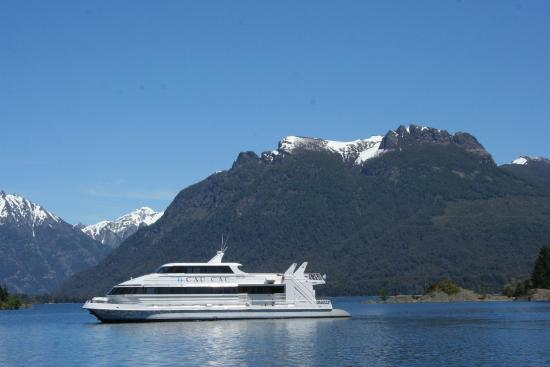 Cau Cau: Nuestro moderno catamarán