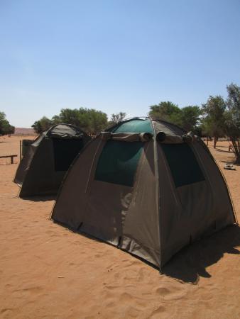 Karibu Safari: camp site