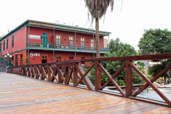 Santos Cafe & Espirituosos