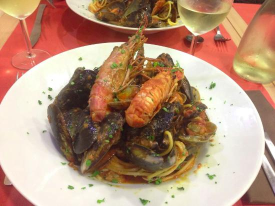 Spaghetti allo scoglio foto di il mare in tavola ferrara tripadvisor - Il mare in tavola ...