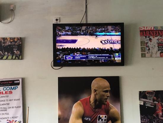 Adrenalin Sports Bar: photo1.jpg