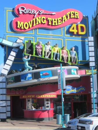 picture of ripleys moving theater niagara falls