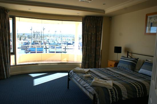 Port Lincoln Waterfront Apartments: Monterey Drive