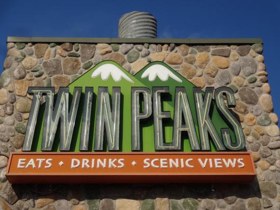 Twin Peaks Restaurants Austin Restaurant Reviews Phone