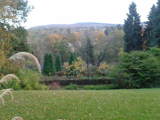 Strathtay, UK: View across the gardens from Bendarroch