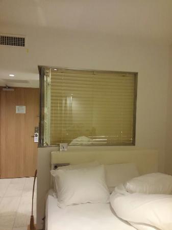 SHIBUYA HOTEL EN: スケるバスルームです