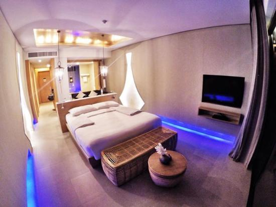 Avista Hideaway Phuket Patong - MGallery Hotel Collection: Our lovely room