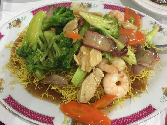 Emerald Palace: House Special Chow Mein