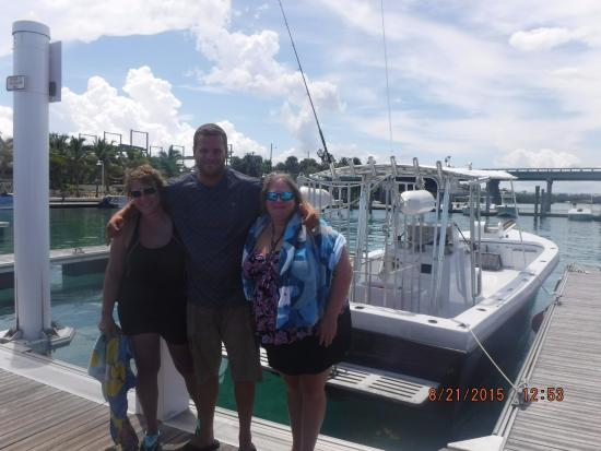 Jupiter, FL: Captain Bryce and the happy divers