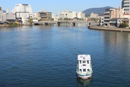 Pleasure Boat at Lake Shinji- The Hakucho : 白鳥号