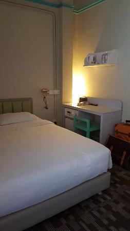 Kam Leng Hotel: Room