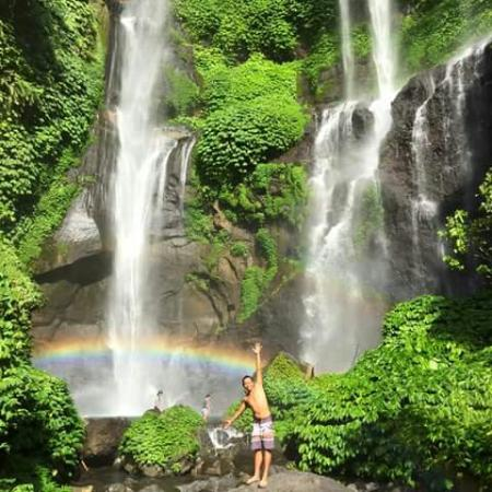 Lemukih Waterfall
