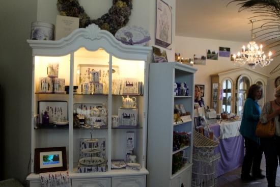 Sequim, WA: inside the magical little store