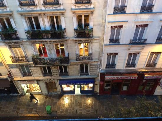 Hotel Meslay Republique : window view from the 5th floor