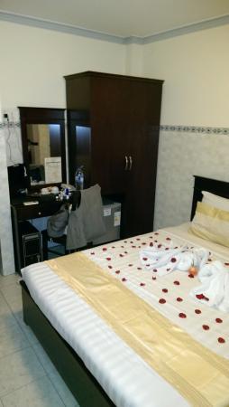 Graceful Saigon Hotel: Room 202