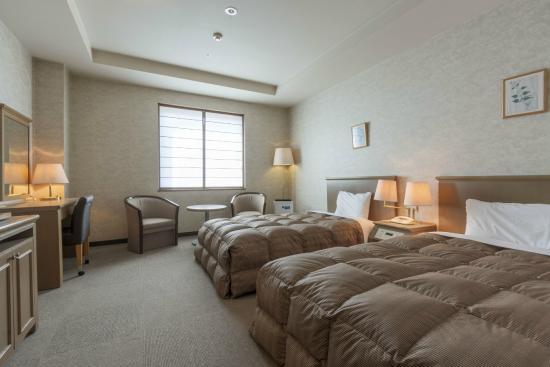 Hotel Econo Komatsu