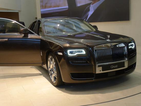 rolls royce showcase picture of bmw welt munich tripadvisor. Black Bedroom Furniture Sets. Home Design Ideas