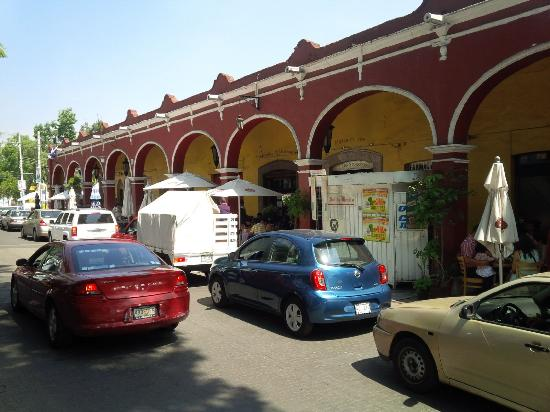 Tlalpan: Surrounding Buildings