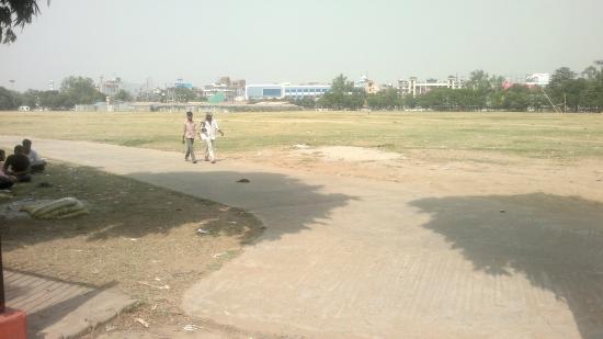 Gandhi Maidan: Just a maidan (ground) 1