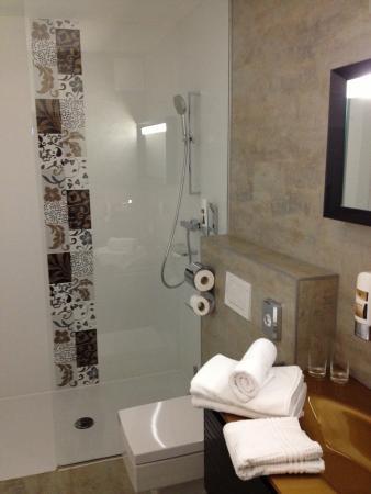 Hotel Am Dom: Badezimmer