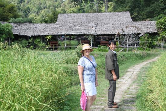 Lanna Boutique Travel: Hill tribe village