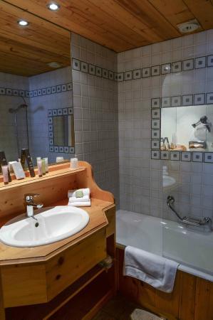 Le Jeu de Paume: Salle de bains