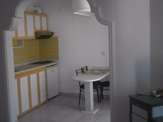 Sifalar Apart Hotel: mutfak
