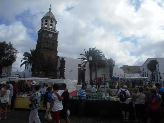 Teguise, Spain: Middle of the Market xXx
