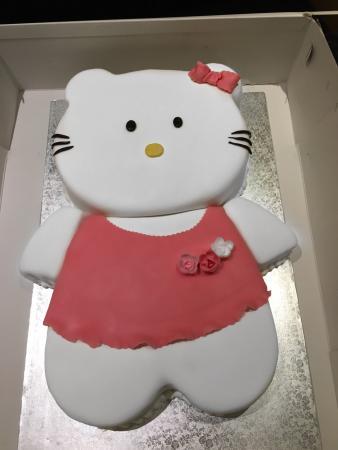 Hello Kitty Torte 6kg Torte Im Cafe Am Rathaus Bad Cannstatt Bild