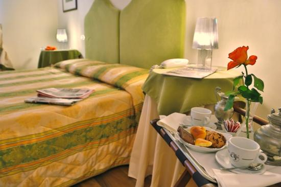 Photo of Albergo Moderno Lucca