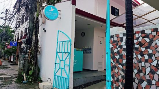 Second Wind Hostel by Mnl: Fachada do Hostel